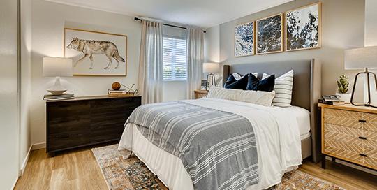 120 W Casino Road Everett WA-large-014-016-Master Bedroom-1497x1000-72dpi